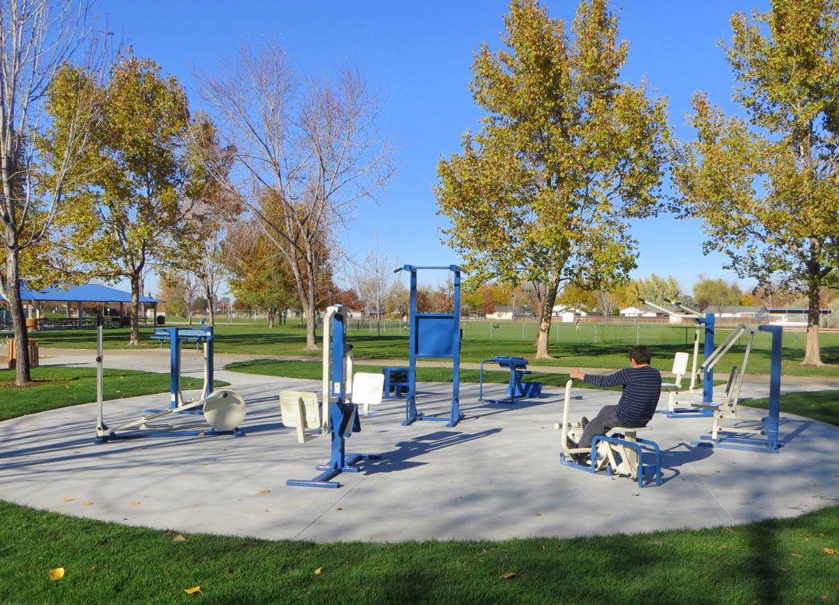 cbh-homes-tully-park-outdoor-gym
